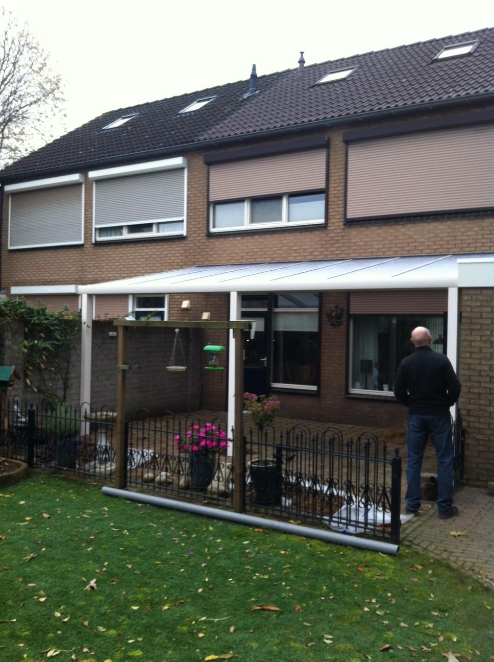 Terrasoverkapping geplaatst in Doornenburg 4