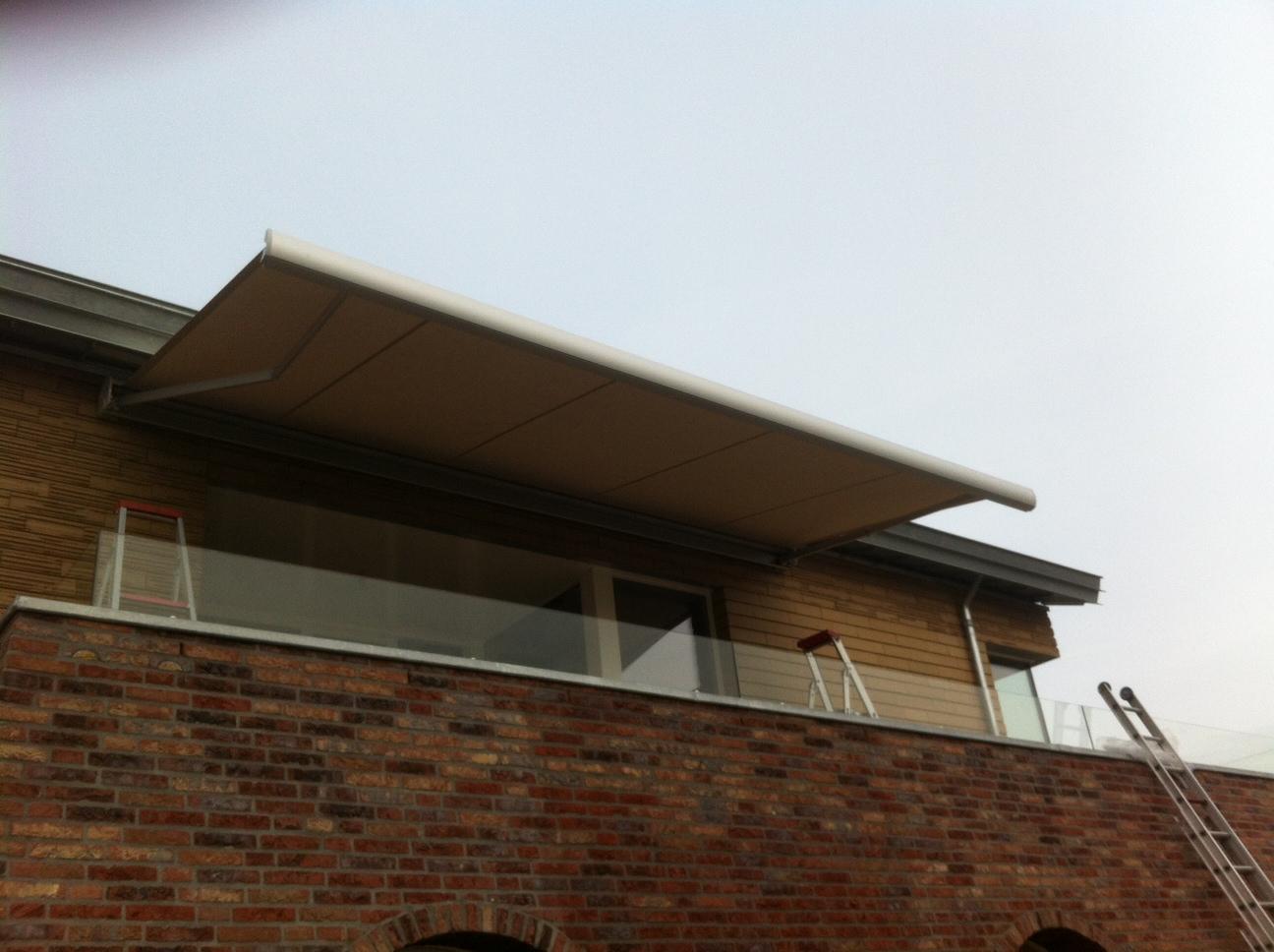 Terrasscherm geplaatst in Doornenburg 2
