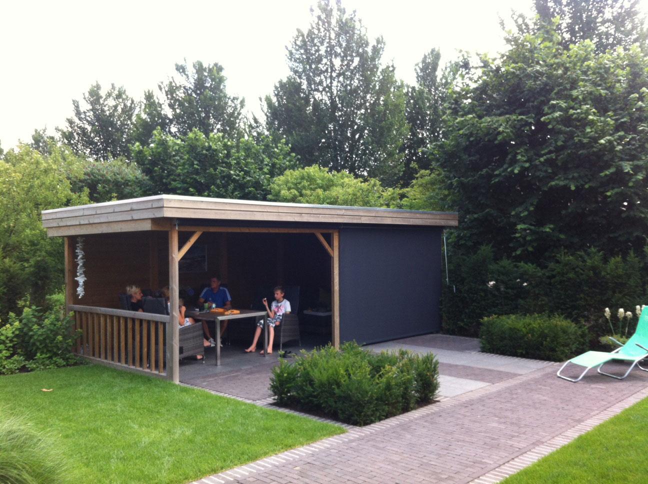 Screen onder houten veranda 1
