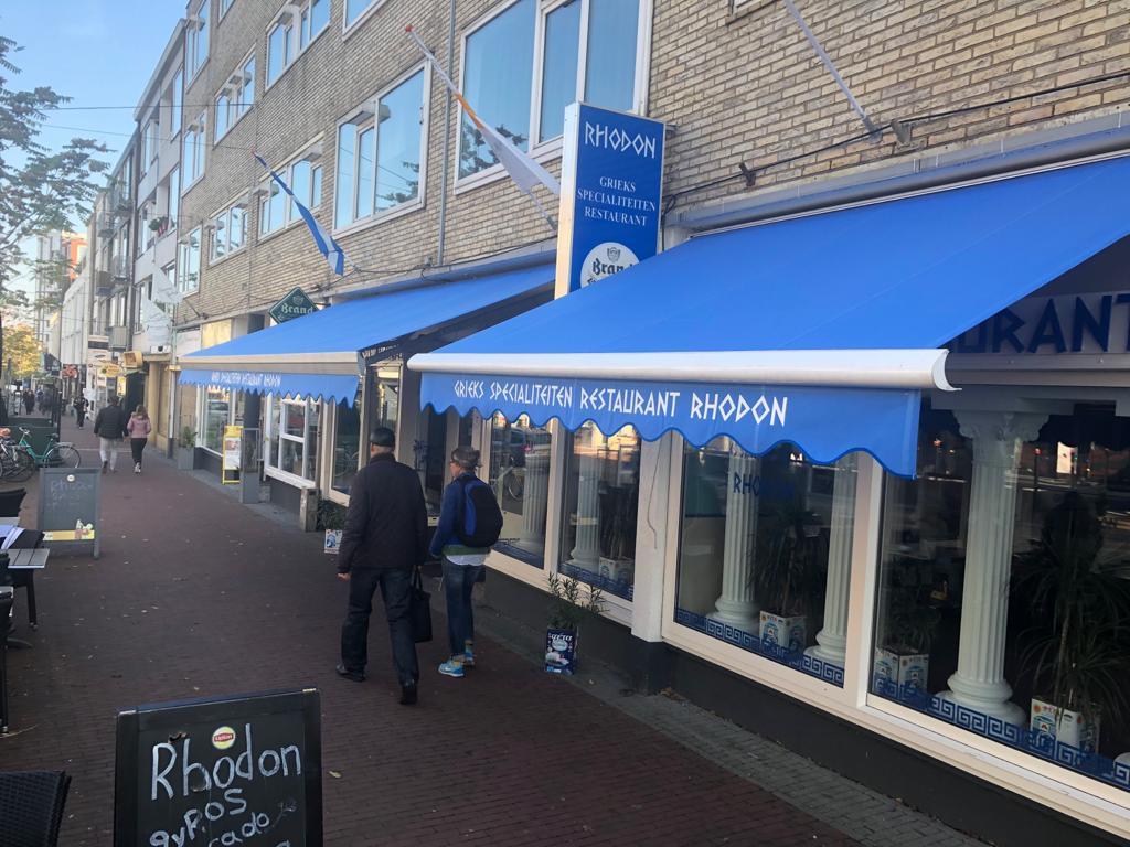 Grieks restaurant Rhodon voorzien van nieuwe doeken 2 (nieuw)